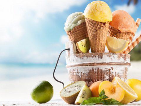 có nên mua máy làm kem tươi khi kinh doanh nhỏ lẻ hay không